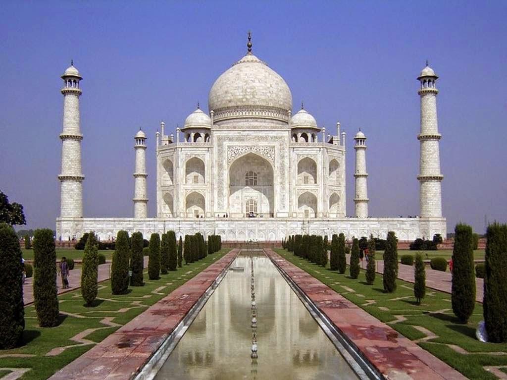 Sejarah di bangunnya Taj Mahal