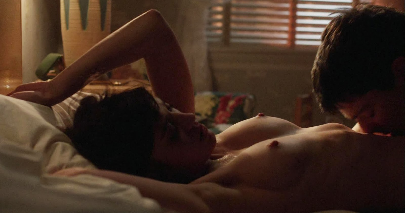 Lizzy caplan masters of sex s03e07 2015
