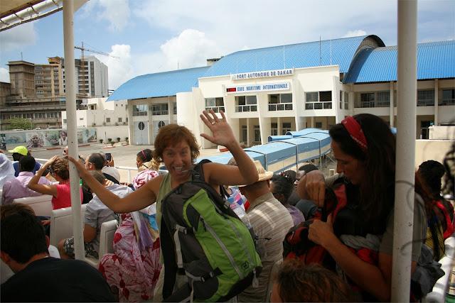 Embarcando hacia la Isla de Gorée