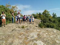 El rocam on es troba el fals dolmen