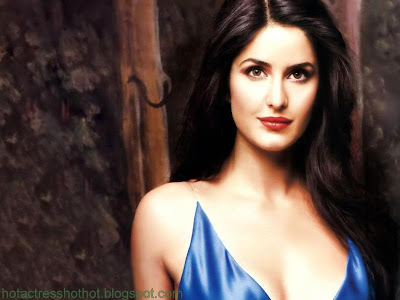 katrina kaif hot pics in blue top cleavage