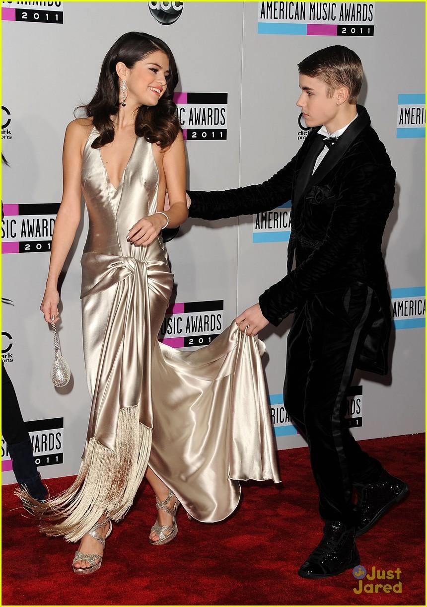 justin bieber with Selena Gomez 16