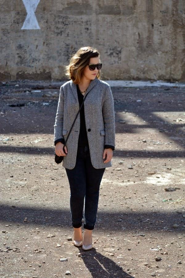 look_outfit_abrigo_toño_zapatos_nude_lolalolailo_05