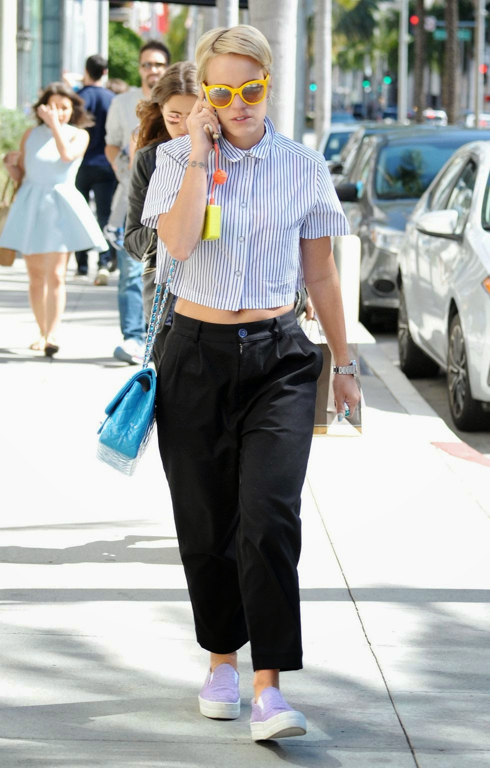 Singer-songwriter, Actress, Presenter @ Lily Allen - Shops in Los Angeles