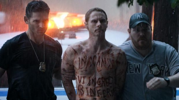 Sean Harris with Eric Bana in Deliver Us from Evil
