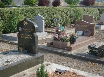 Perancis buka tanah Perkuburan Islam rasmi pertama