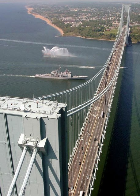 Verrazano Narrows Bridge, USA – 1,298 m