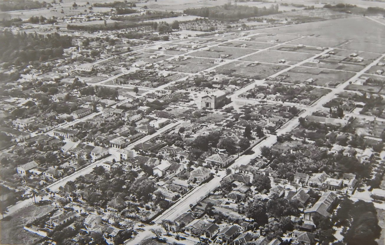 Imagem aérea de Cosmópolis mostra como a cidade era em 1955.