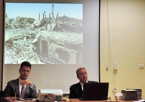 Barghouthi mostra à delegação brasileira imagens da Faixa de Gaza