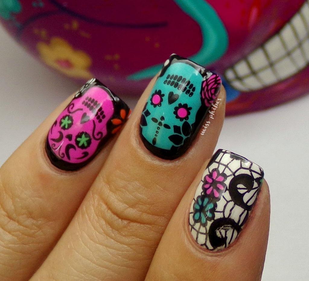 miss phibes.: Nail Art del Día de los muertos