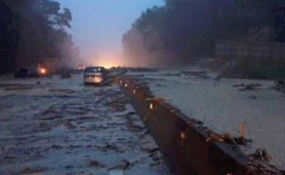 Tanah runtuh Lebuhraya Karak KM 52.4 Lentang-Bukit Tinggi