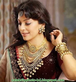 Juhi Chawla Biography(Indian Film Actor)  India's most versatile Actress