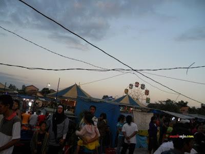 Pasar Malam, Hiburan Rakyat Murah Yang Semakin Sepi