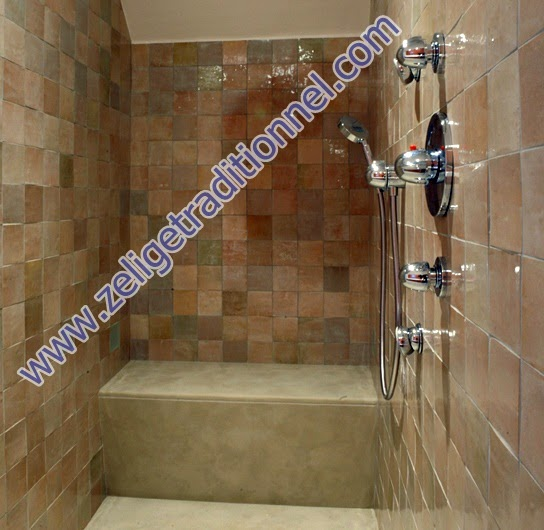 hamam salle du bain et spa et hammam marocain moderne avec de zellige. Black Bedroom Furniture Sets. Home Design Ideas