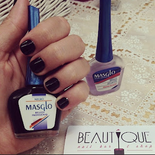 beautyque nail bar, bucmi, descuentos, anticrisis, reserva, belleza, lacaprichossa, manicura, pedicura, masglo, black, negro