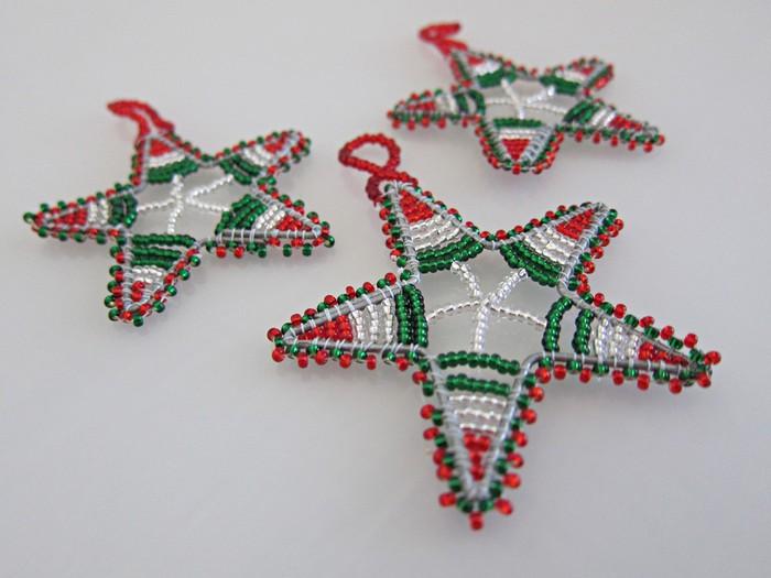 Interesting ideas for decor: Новогодние игрушки из бисера. Christmas tree Toys of beads