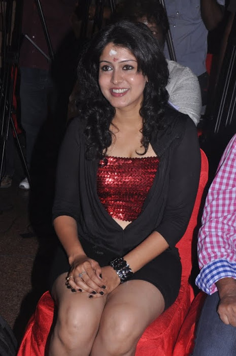 sheryl pinto spicy at machan movie launch latest photos