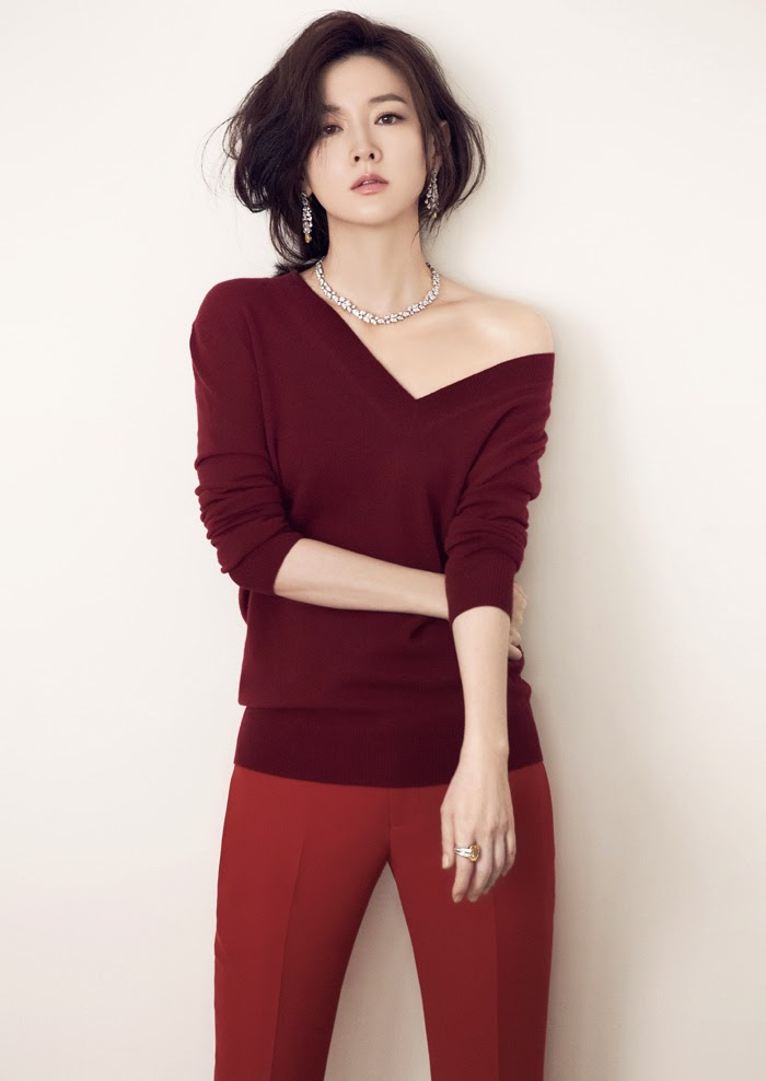 Lee Young Ae - Cosmopolitan June 2014