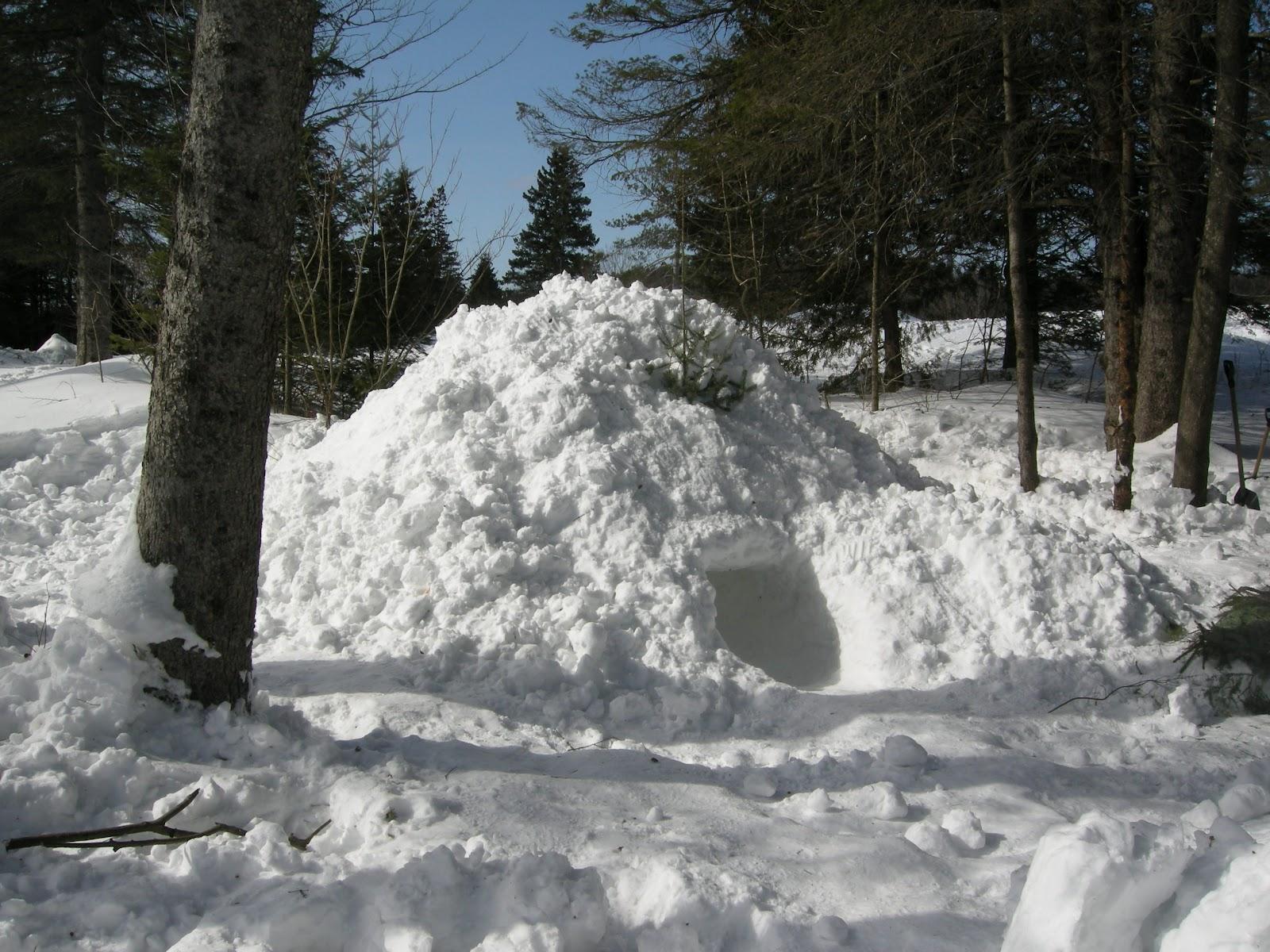Plein air interculturel soleil neige ski raquette quincee bonhomme de neige jeux un w e - Construire un four a pizza en plein air ...