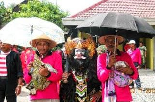 Ritual mantu kucing Desa Grajakan, Purwoharjo, Banyuwangi.