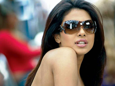 priyanka chopra goggles wallpaper