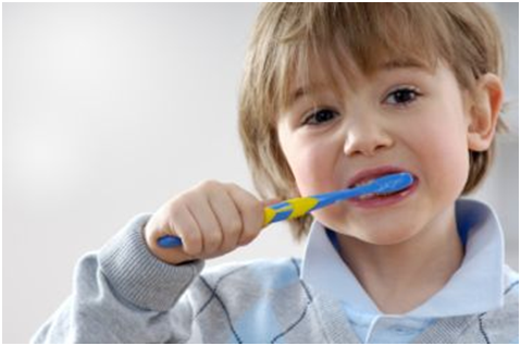 menggosok gigi sebelum tidur