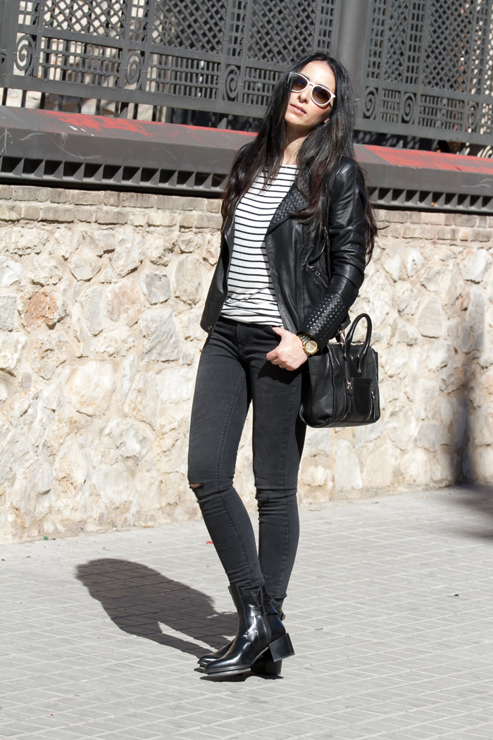 Streetstyle with Stripes in Black and White