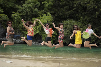 Jumping Pinays - Philippines