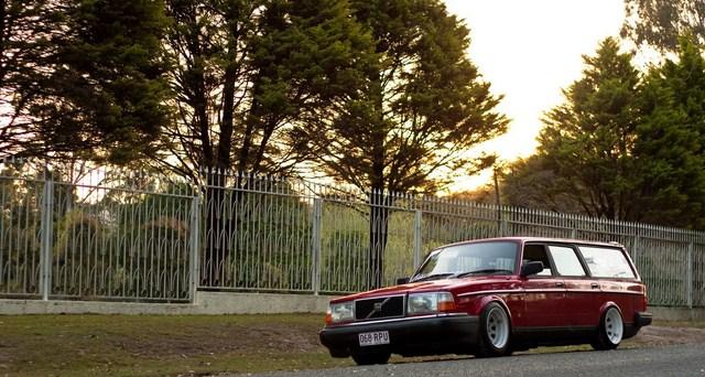 Sweet Ride Thread - Page 4 Volvo+240+hellaflush