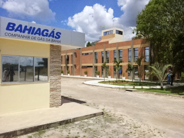 Bahiagás abre vagas de estágio em níveis técnico e superior.