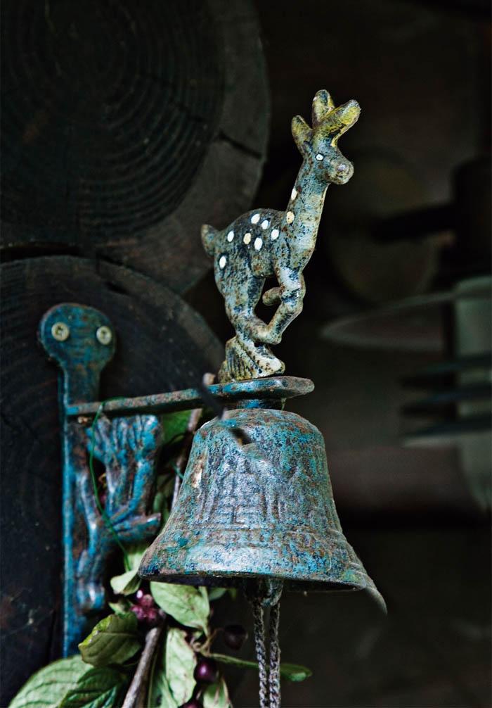 decoracion navidad  casa de campo nordica-adornos campana