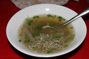 """Don"" oyster soup in Quảng Ngãi city"