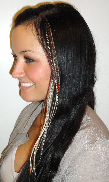 Trend To Try Feather Hair Extensions Sun Sand Savoir Faire