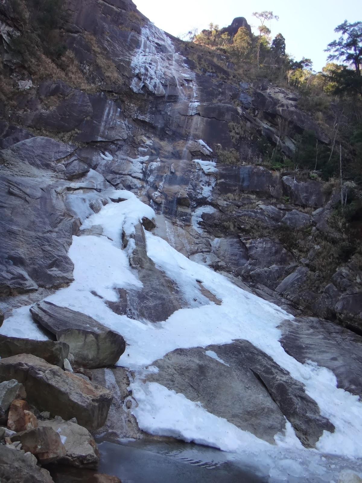 落ち水の滝から大崩山頂へのルートは?