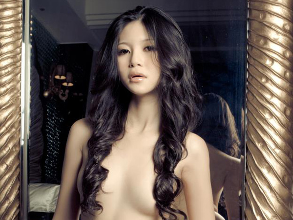 charmian chen stripped off for Usexy magazine