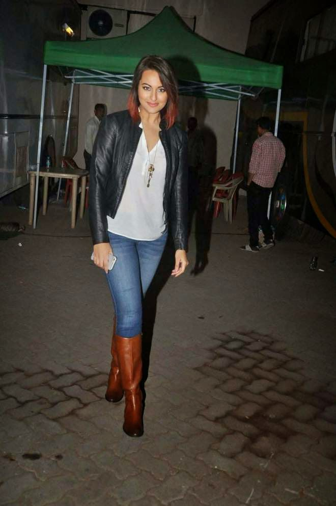 Sonakshi Sinha Latest High Heel Booties and Tight Jeans Pant Photos