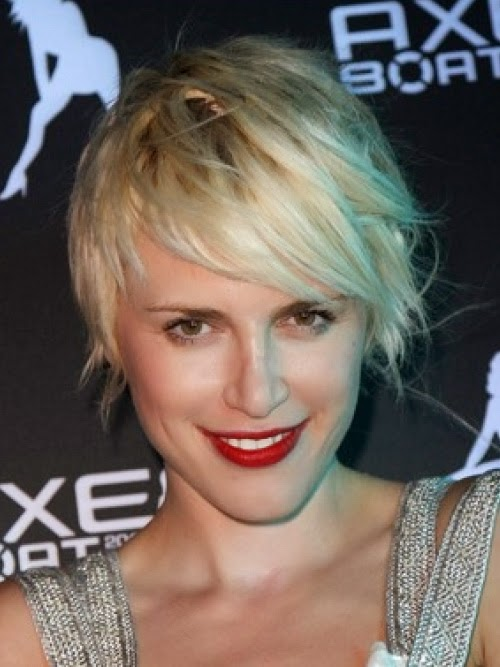 trendy short hairstyles for thin hair