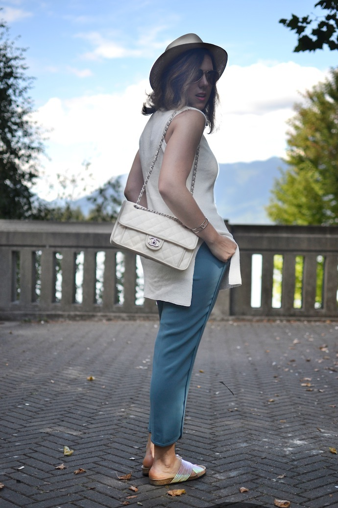 Vancouver blogger Chanel French Riviera handbag