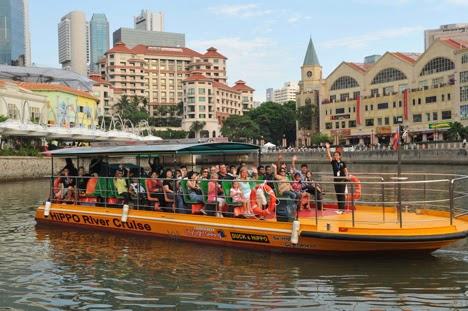 wisata di singapura river