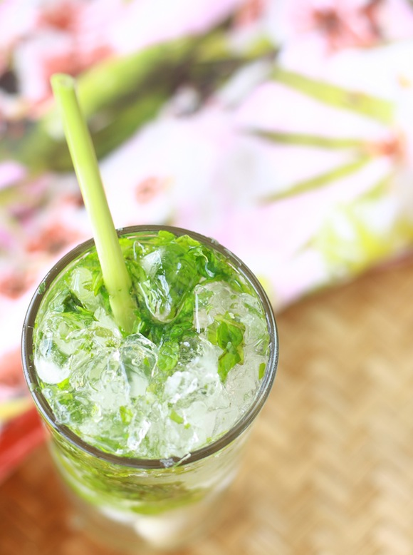 Lemongrass Mojito recipe by SeasonWithSpice.com