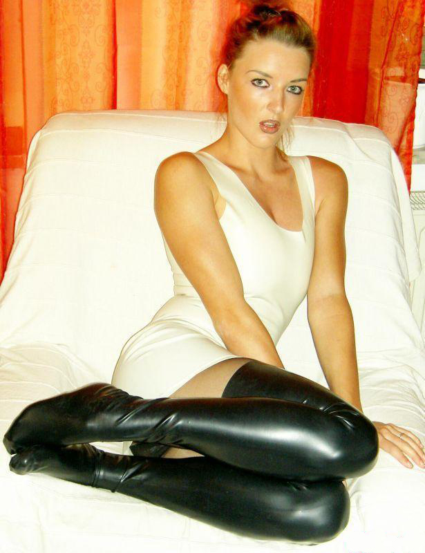 simply shiny leggings stockings nylons catsuits and more simply shiny in latex rubber. Black Bedroom Furniture Sets. Home Design Ideas