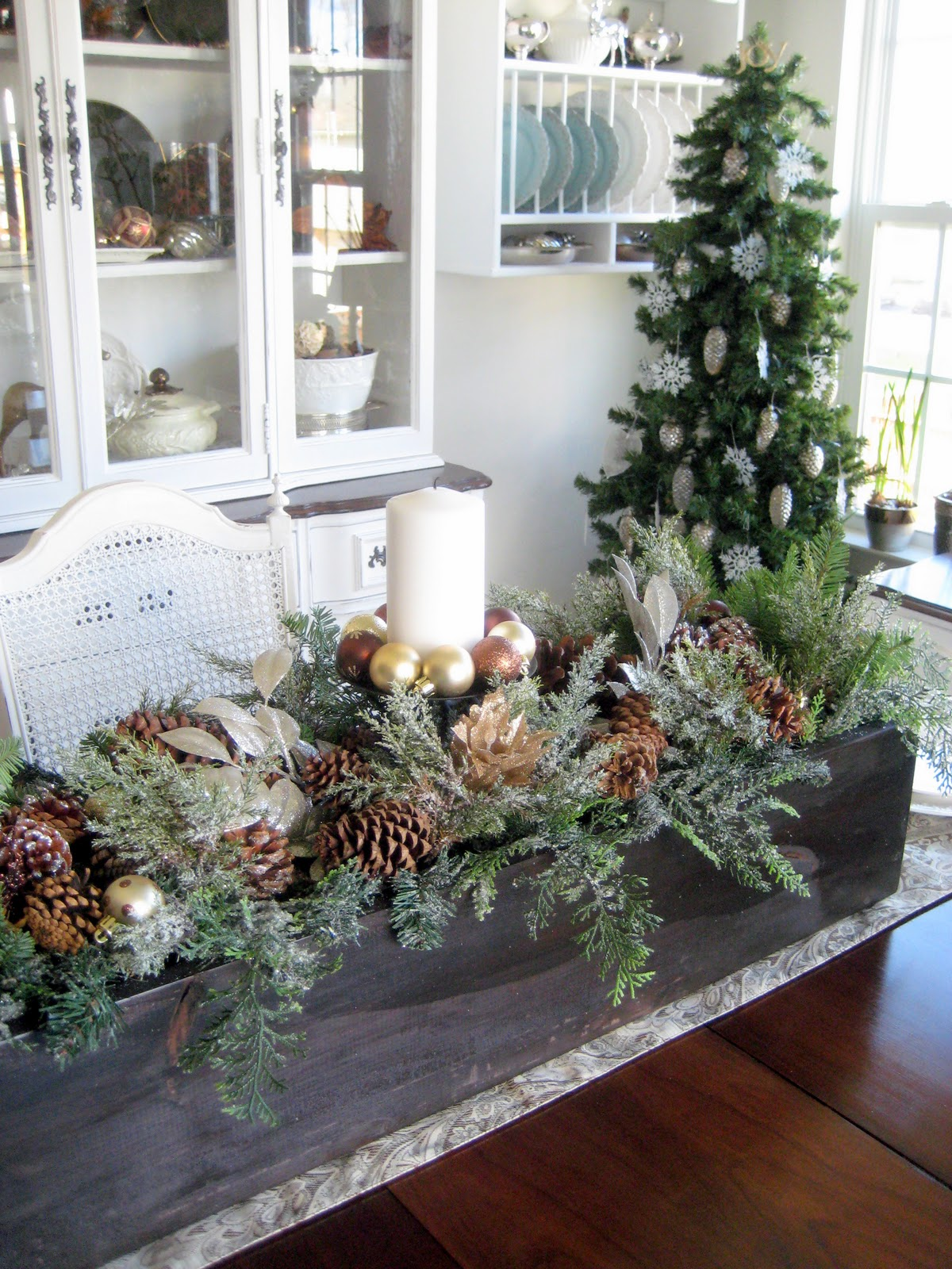 Inspiration for decorating christmas with fresh