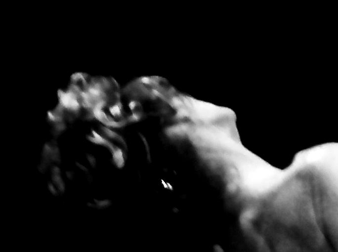 """""""Tolerancia"""", de Cesare Pavese. POESÍA DE EL TORO DE BARRO de Barro. Fotografía de Mercedes Ridocci"""