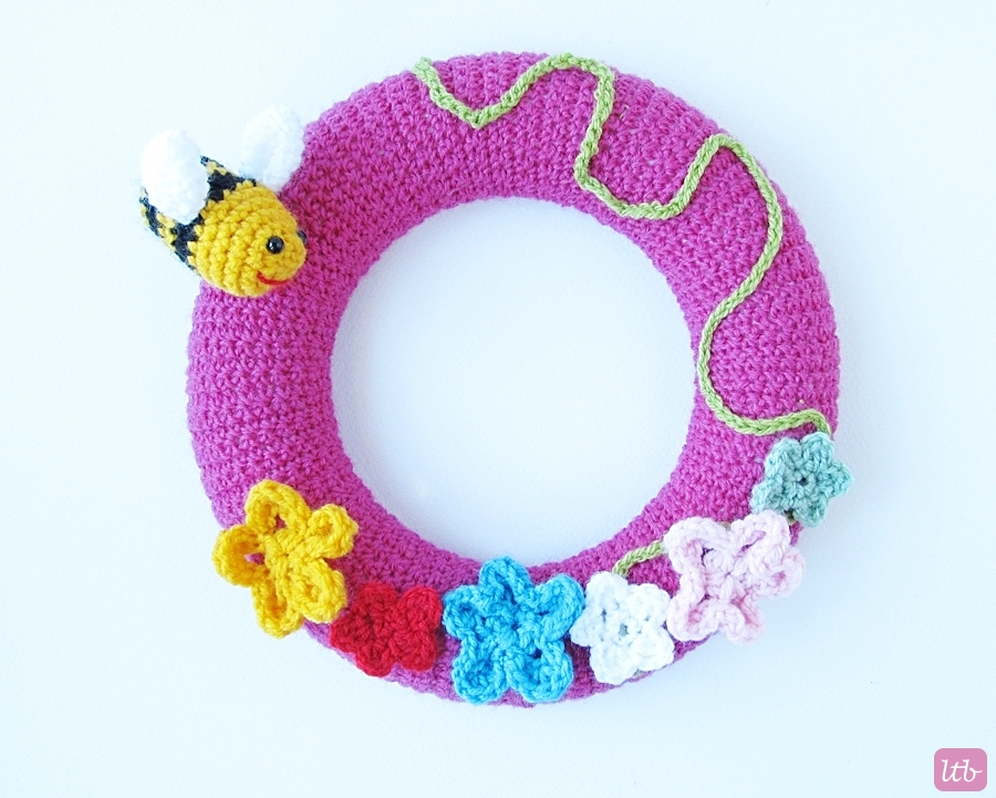{Crochet Spring Wreath} - Little Things Blogged