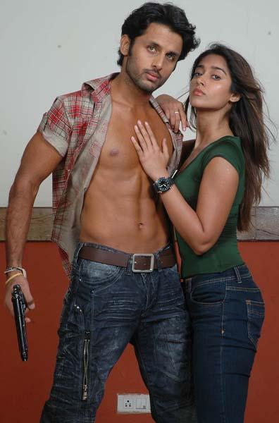 Heroine Ileana Rechipo movie stills pics13