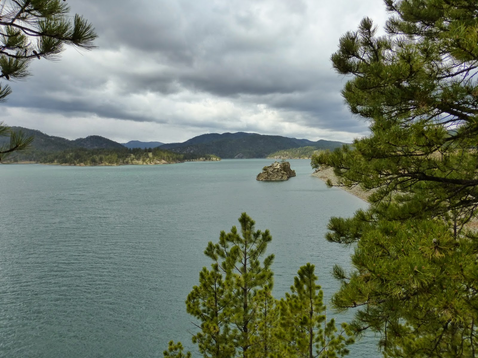 Perk 39 s posts black hills sturgis sd devils tower may 16 for Pactola lake cabins