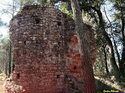 Les restes de l'església antiga de Santa Maria del Grau. Autor: Carlos Albacete