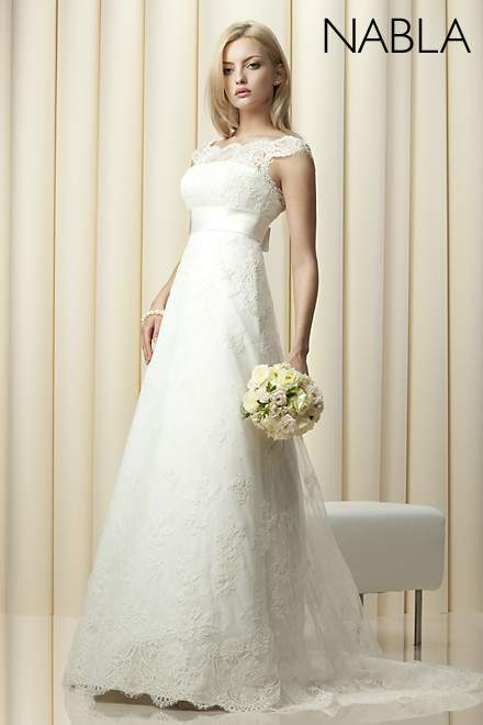 Suknie ślubne Vestido Belisima Model Nabla Z Koronkowymi Rękawami