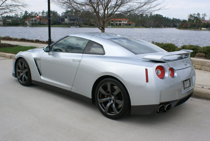 used cars model: Brunei Used Cars: Nissan GTR R35