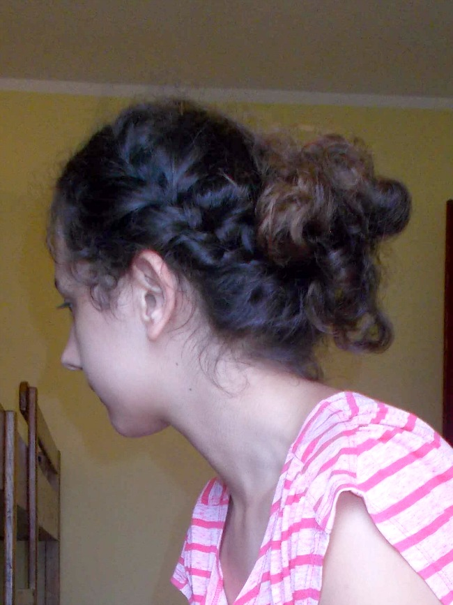 hairstyles,back to school hairstyles,hairstyles for school,low bun hairstyles,updo hairstyles,messy bun,braided bun,braided messy bun